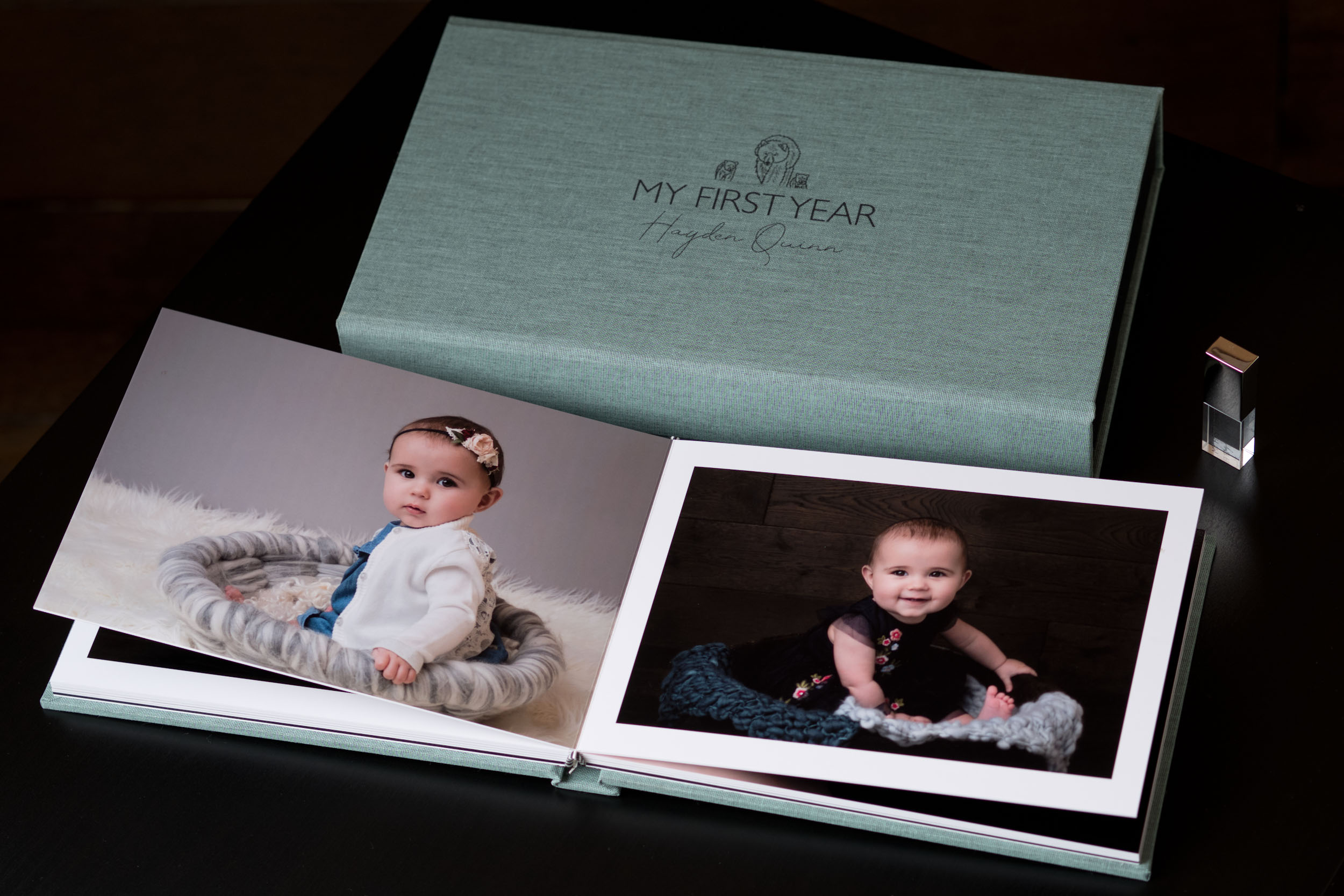 Newborn-Photography-Lincoln-A5-Album-and-USB-Set-004.jpg