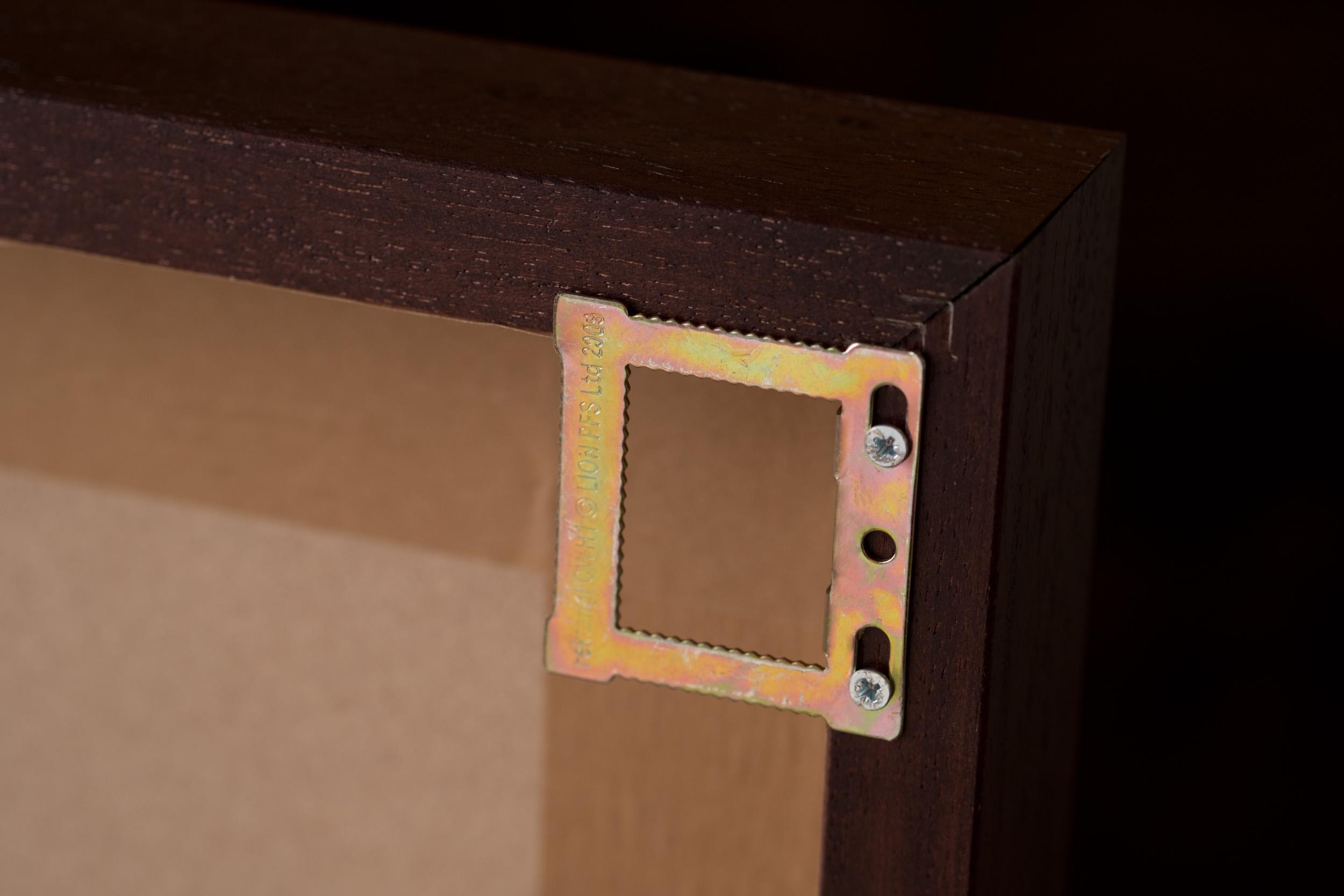 Newborn-Photography-Lincoln-Wood-Metal-Edge-Box-Frame-001.jpg