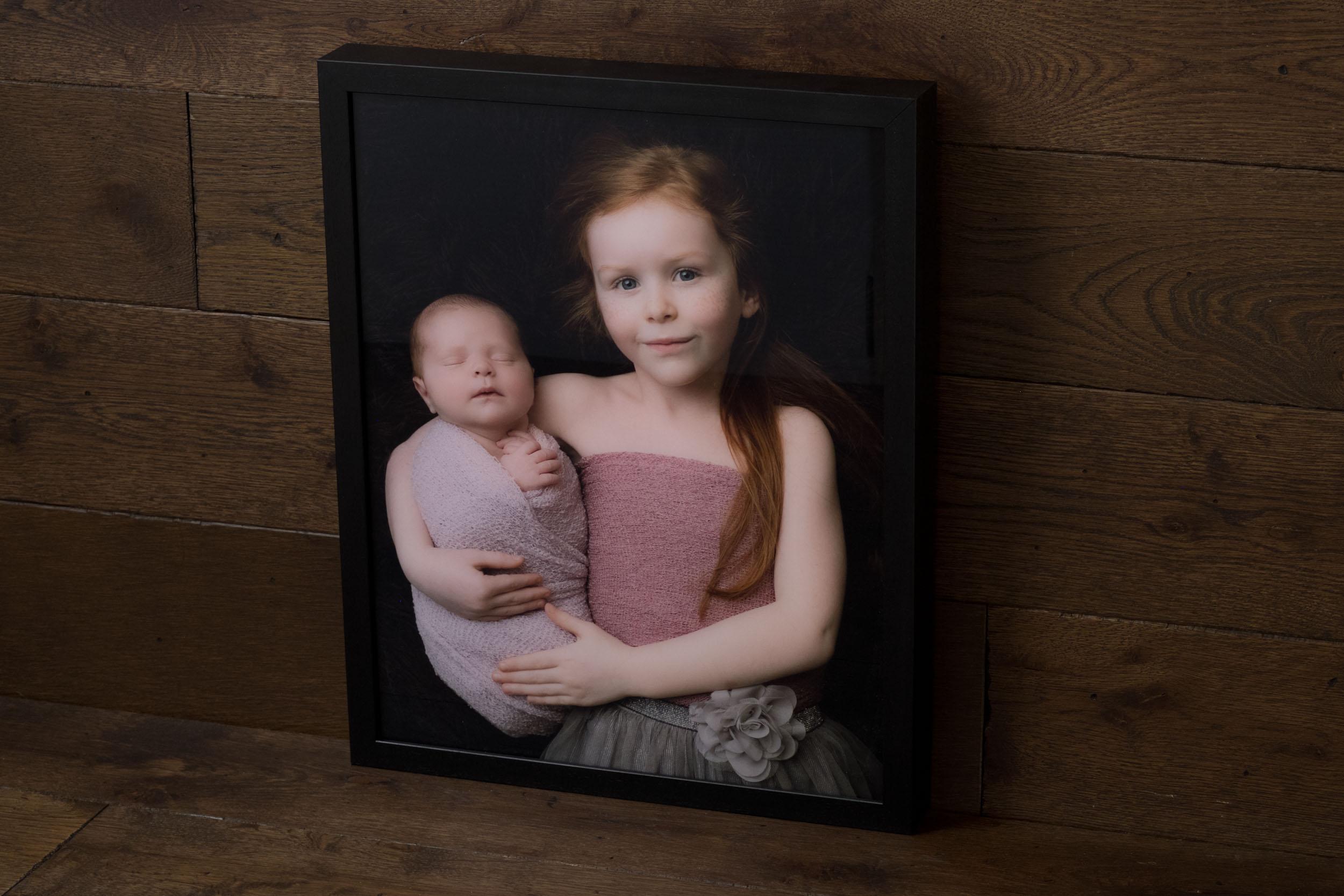 Newborn-Photography-Lincoln-Acrylic-Box-Frame-003.jpg