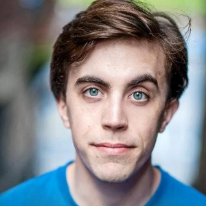 felix trench - world's worst day - Having one of THOSE days? Then grab a listen to this episode and you'll realise that it could be much worse!Our guest is the actor Felix Trench, star of the podcast sitcom 'Wooden Overcoats' (www.woodenovercoats.com) and history graduate who thumbs through the Worst Foot Chronicles to look for the World's Worst Day. There are quite a few to choose from… Felix gives us a worldwide tour of the year 1556, Ben harks back to the day the 20th Century began and Barry does a double-take as he discovers his calendar has a February the 30th.Photo by Mihaela Bodlovic