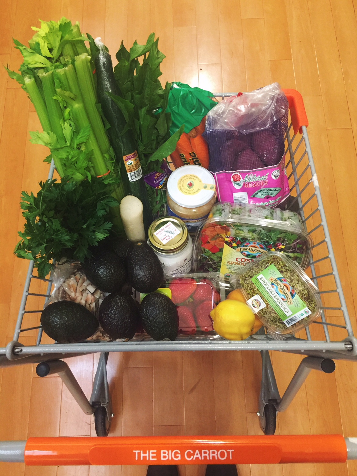 Grocery shopping whilst 236 hours deep into a water fast is my newest favorite hobby... seriously, you gotta try it.