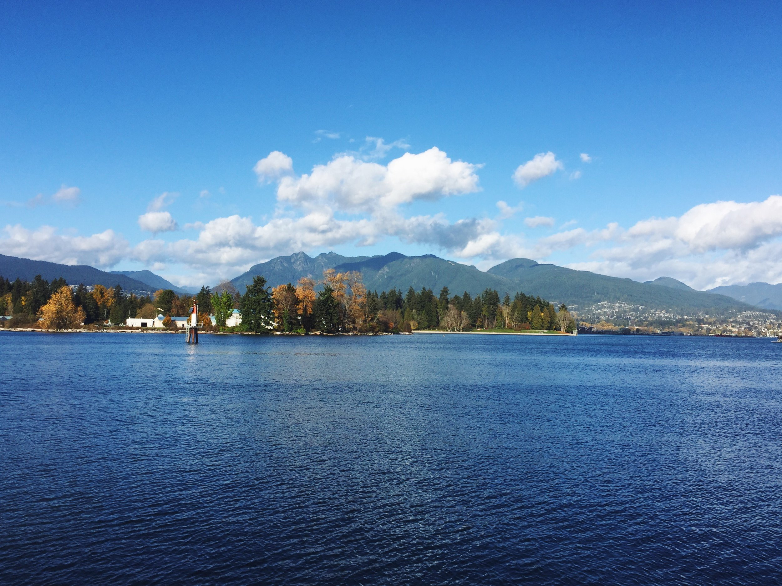 Gorgeous views from the water front downtown Vancouver.