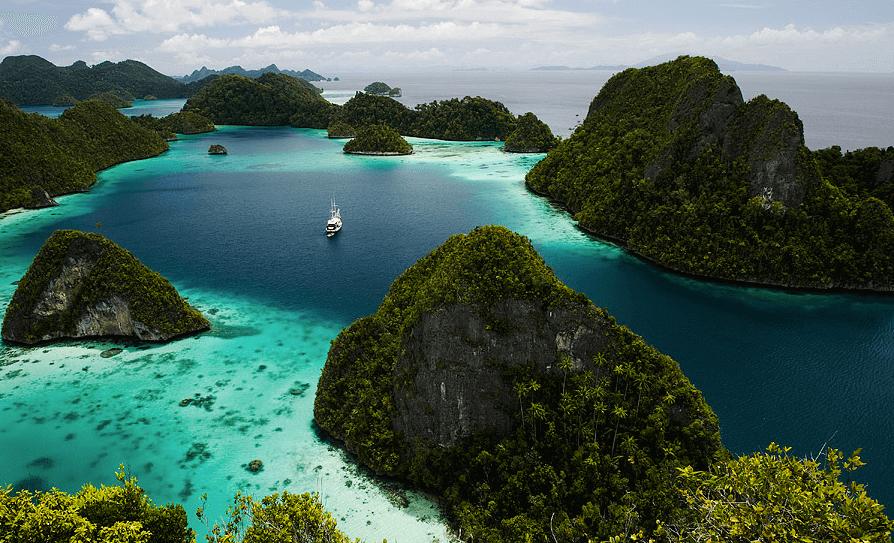 Papua New Guinea beauty.