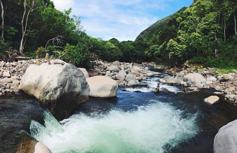 Rock pools at the bottom of the cliffside I ascended, into the Iao Valley River.