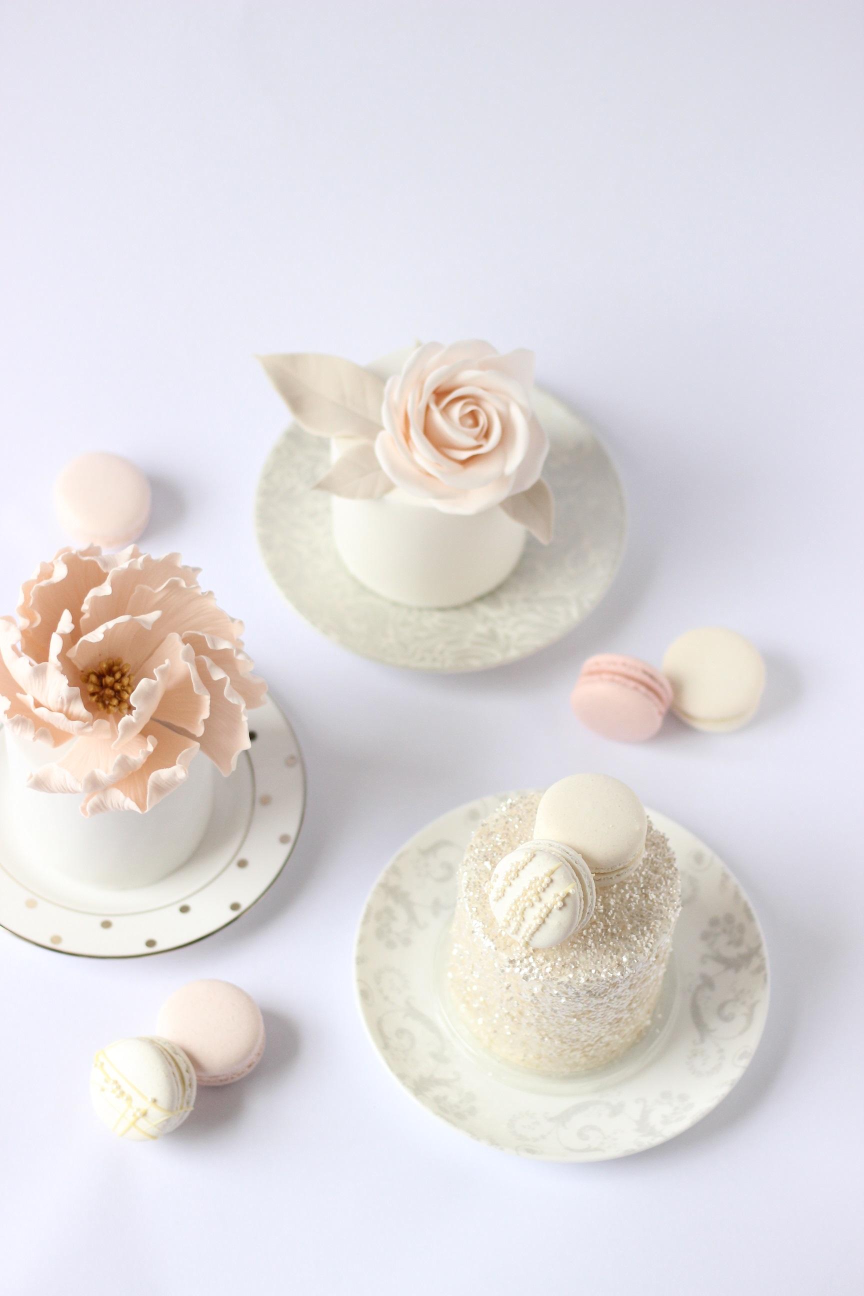 WF Modern mini cakes.jpg