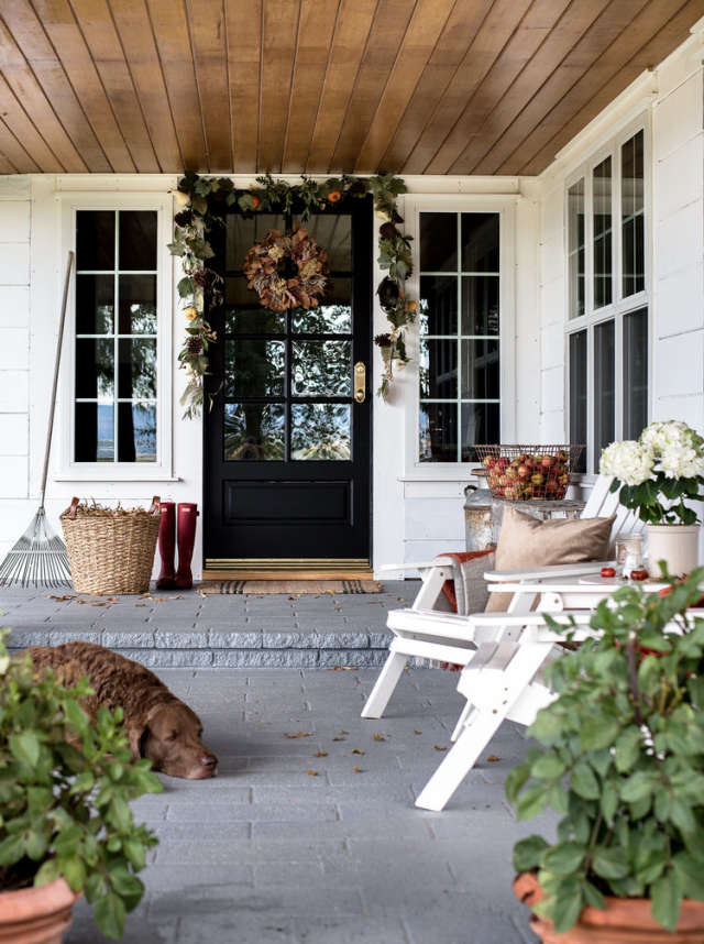 Patio - Warm up the hot cocoa, light up the fire pit, and curl up on your patio! Garlands and wreaths come in all different styles, and they always make a statement.