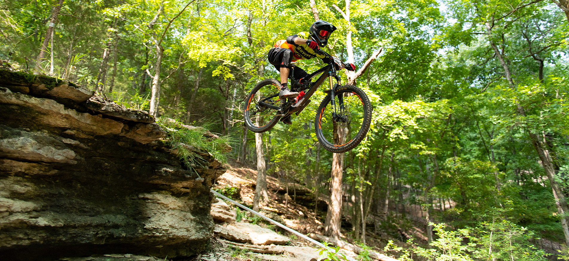 Arkansas Enduro Series Oz Trails lake leatherwood eureka springs.jpg