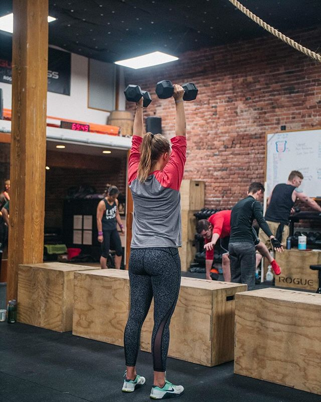Just play. Have fun. Enjoy the game, enjoy the workout. 🏋️‍♂️🏋️‍♂️ . . 📸 by @burpeeoverbar  Photos for your box, events and athletes - we do it all!  us for more info. . . #crossfit #crossfitter #athlete #weightlifting #workout #wod #tuesdayworkout #workoutmotivation #happyhourworkout #fitness #fitfam #crossfitcommunity #fitnesscommunity #sportsphotography #crossfitphotography #crossfitphotos