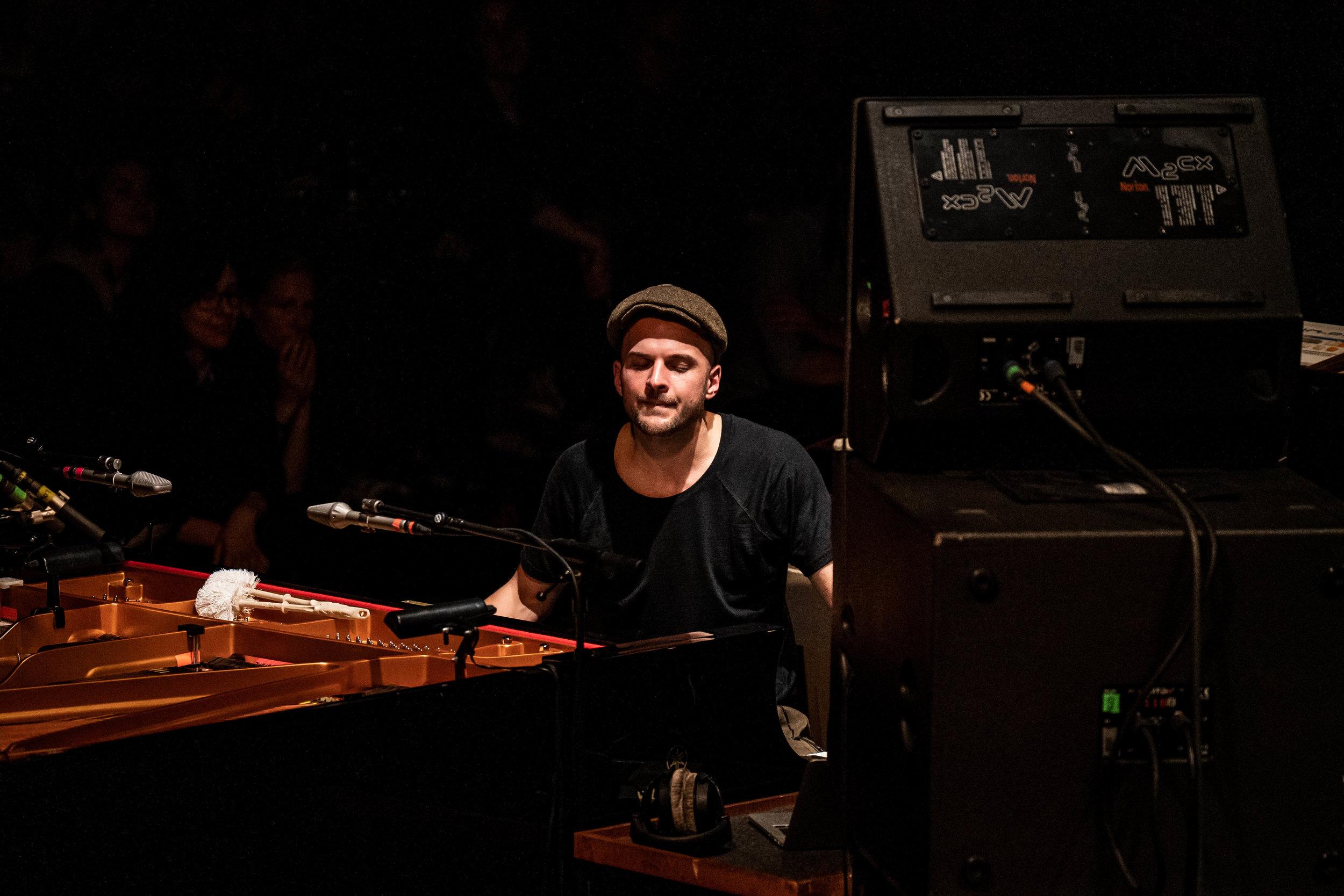 ninovalpiani.com_concerts_076.jpg