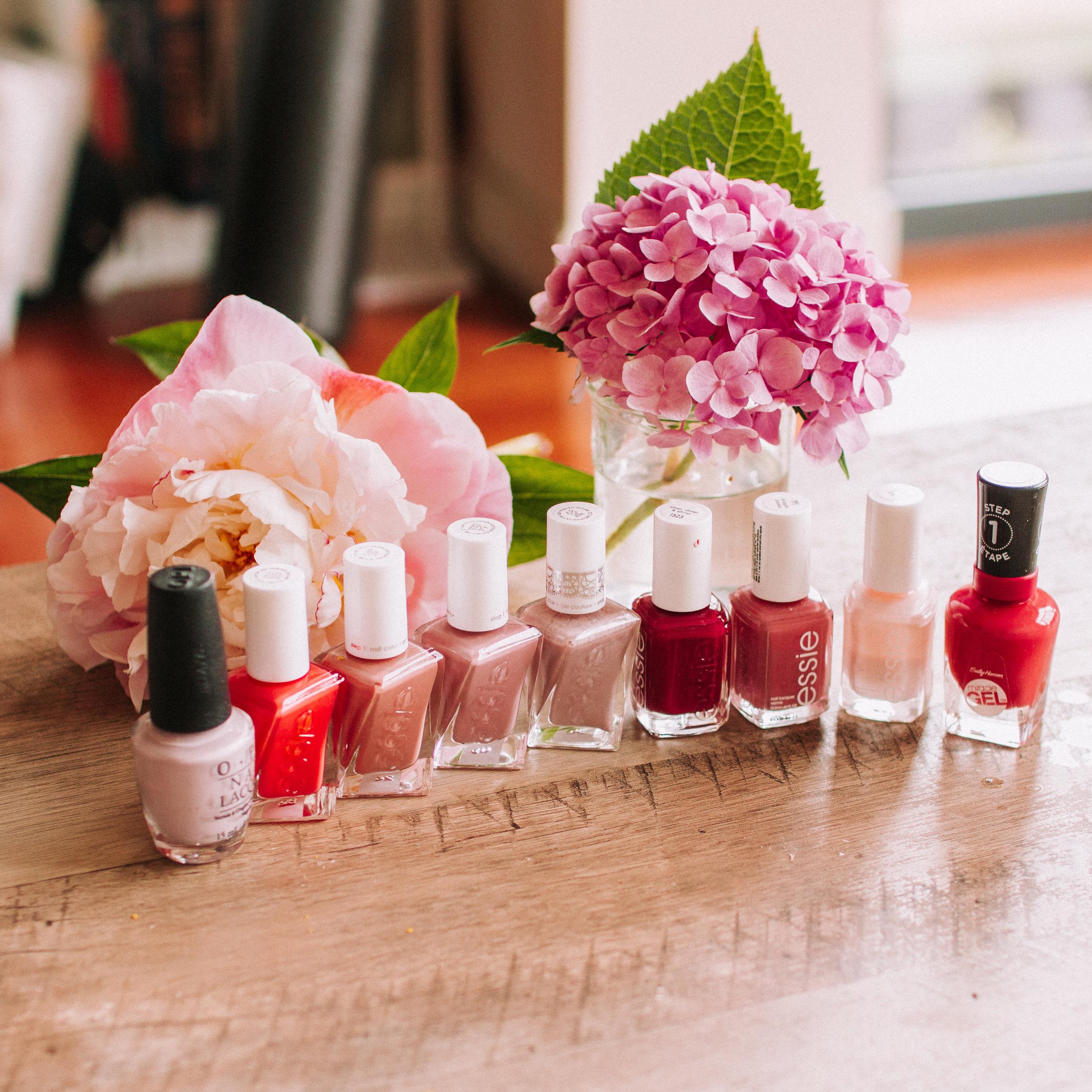 Neutral blush rose nail polish