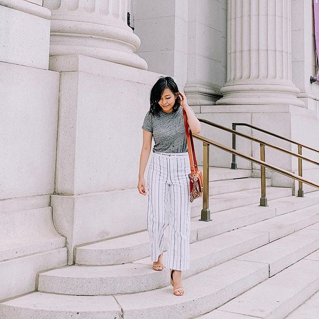 """Does anyone even follow the """"no white after labor day"""" rule anymore? . . . . . . . . . . . . . #aboutalook #Blogged #dailylook #dcblogger #dcfashion #dcstyle #fashionblogger #igers #Instagramers #instagood #igstyle #instadaily #ontheblog #ootd #outfit #outfitoftheday #styleblog #wiw #whatiwore #whatiworetoday"""