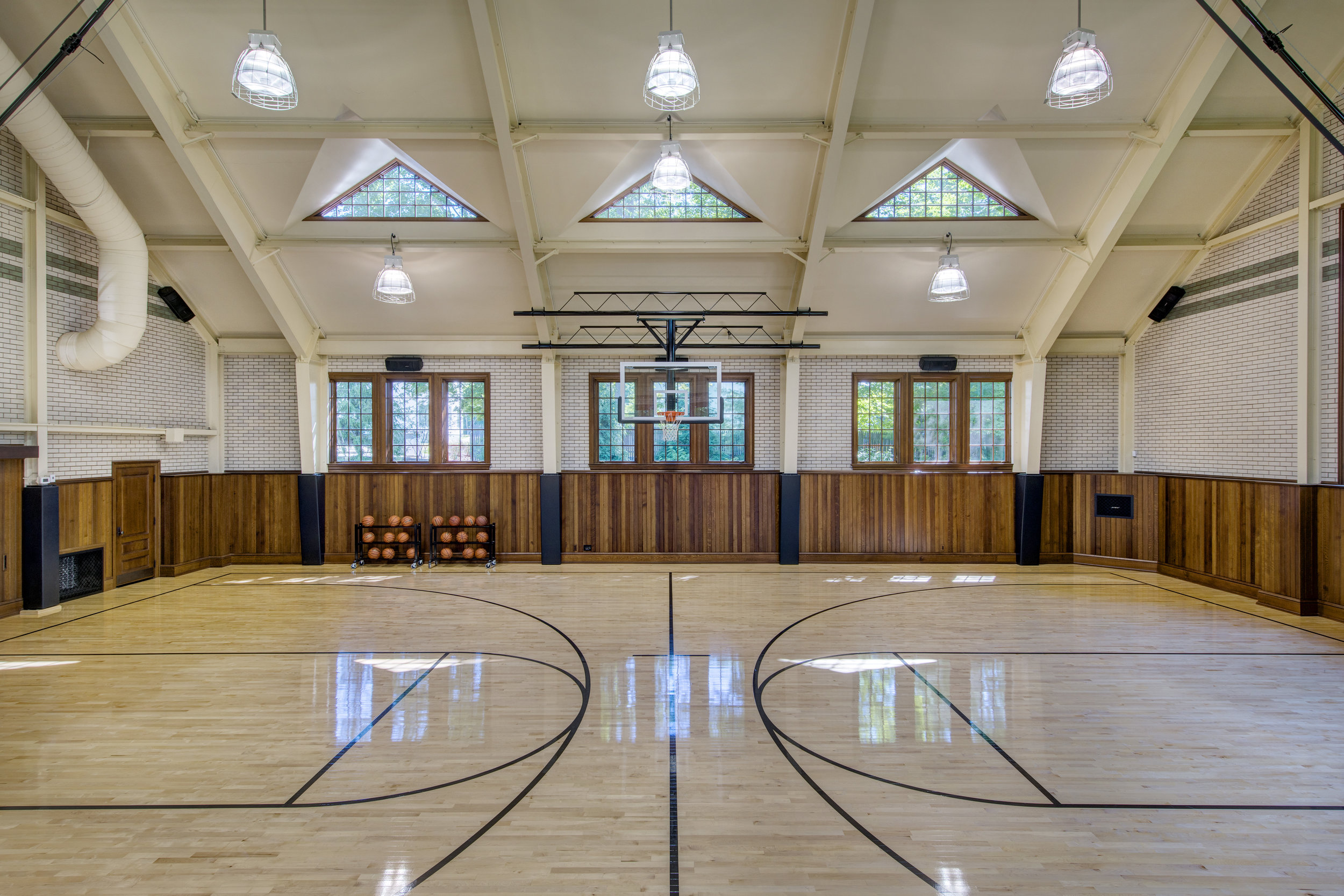 Easton Gym Int 3.jpg