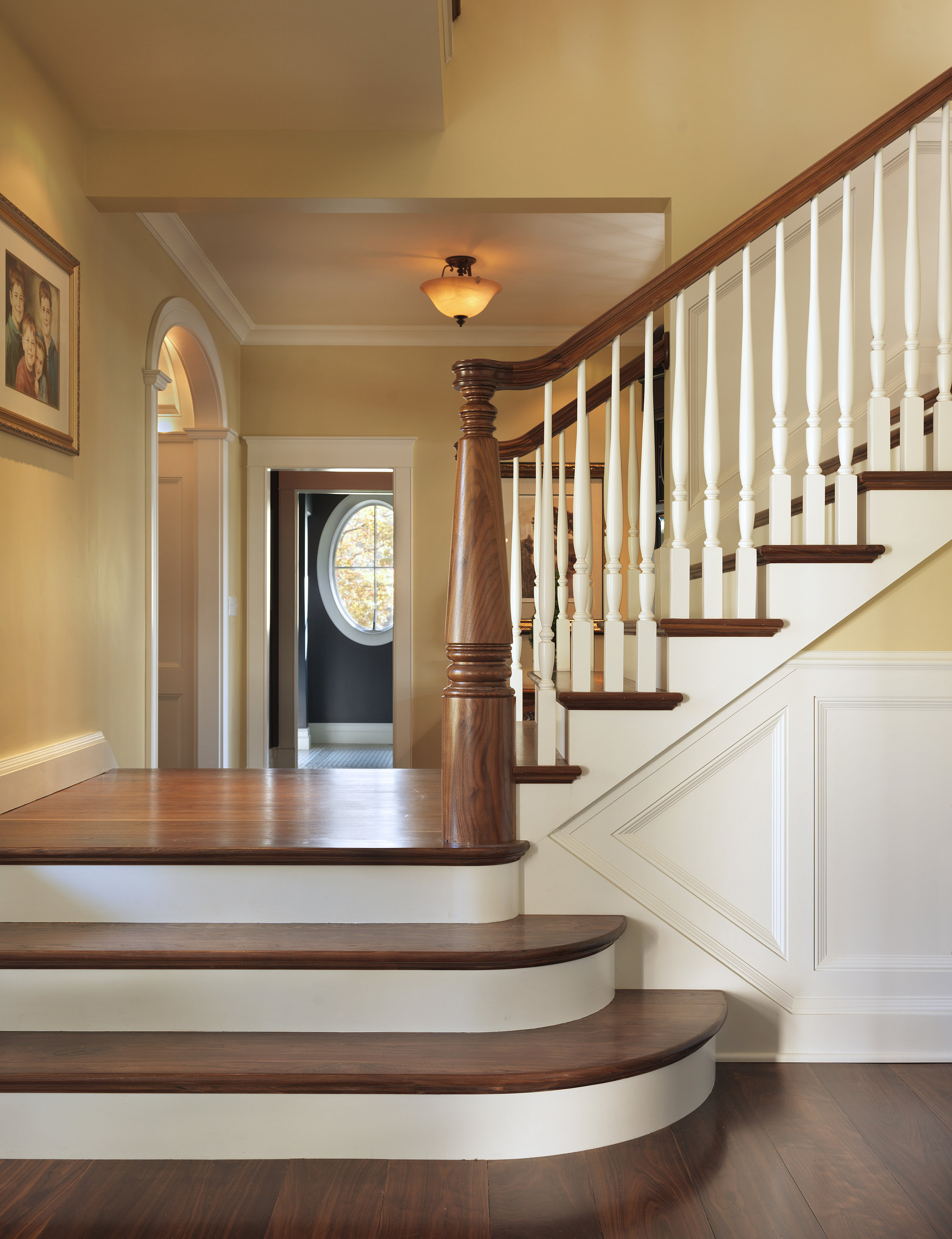Falconieri Lucini Staircase 2.jpg