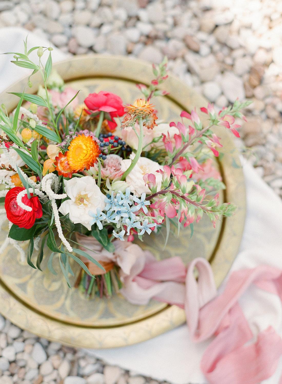 rosehip_flora_meg_wedding_sophie_epton_photography_2.jpg