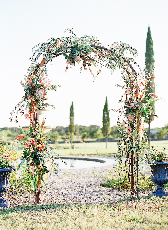 rosehip_flora_meg_wedding_sophie_epton_photography_11.jpg