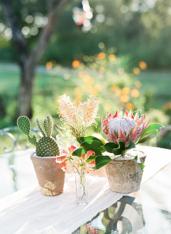 rosehip_flora_meg_wedding_sophie_epton_photography_40.jpg