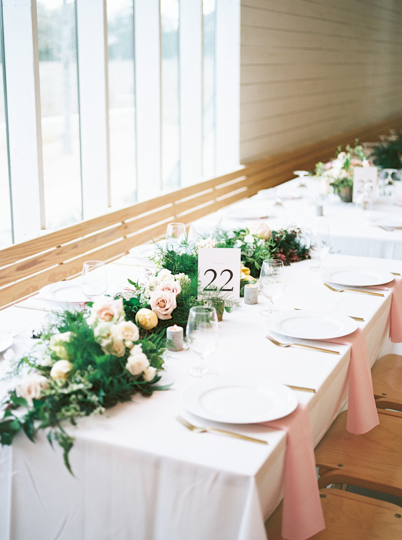 rosehip_flora_bethany_wedding_featherandtwinephotography_prospect_house_11.jpg