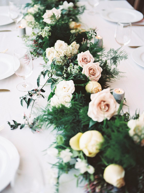 rosehip_flora_bethany_wedding_featherandtwinephotography_prospect_house_15.jpg