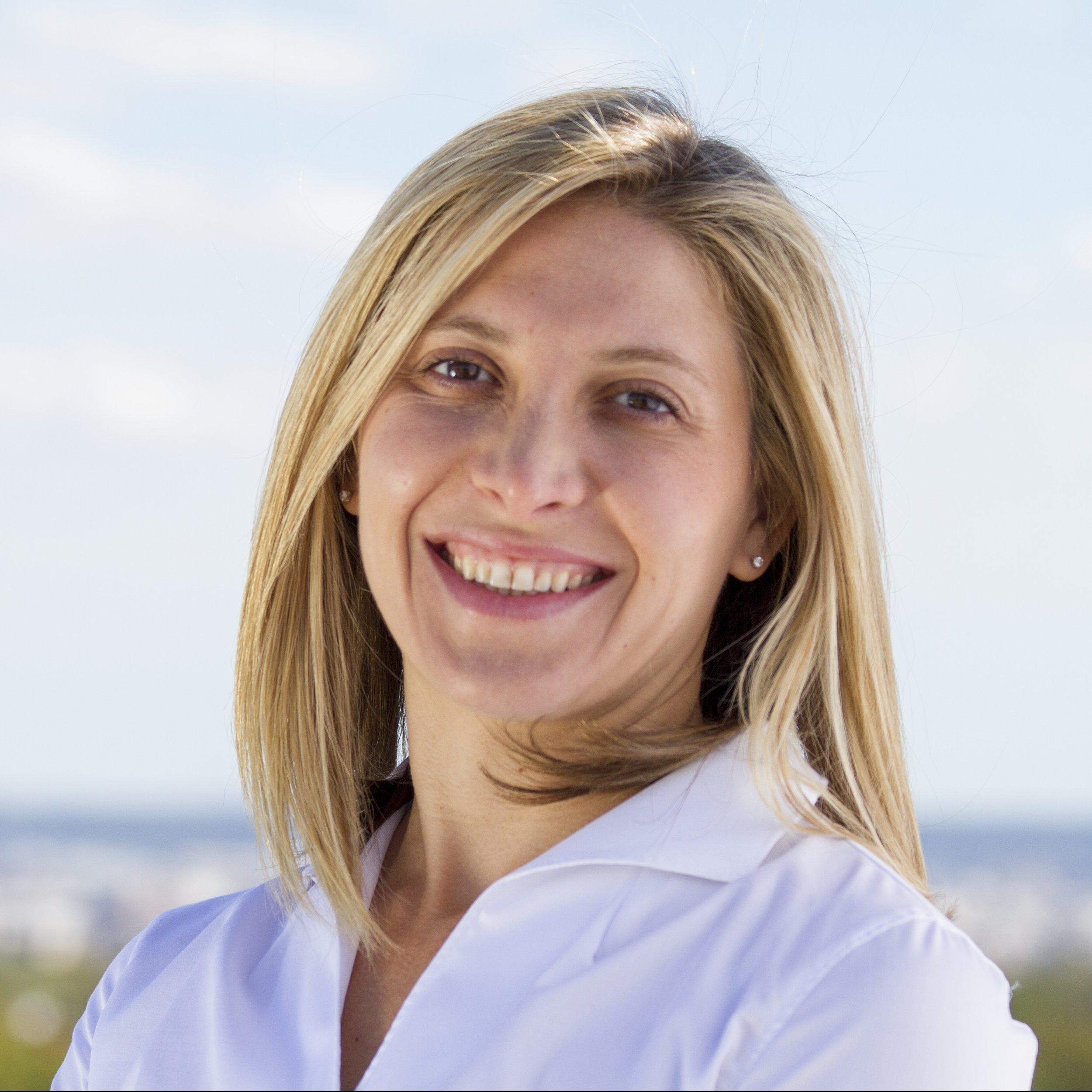 Alina Zagaytova - 2015, Law & Finance Award