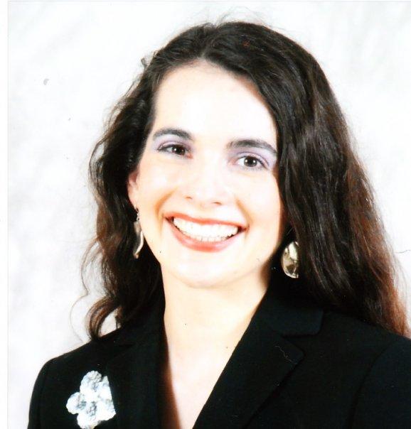 Writer-Luisa Kay Reyes Pic.jpg