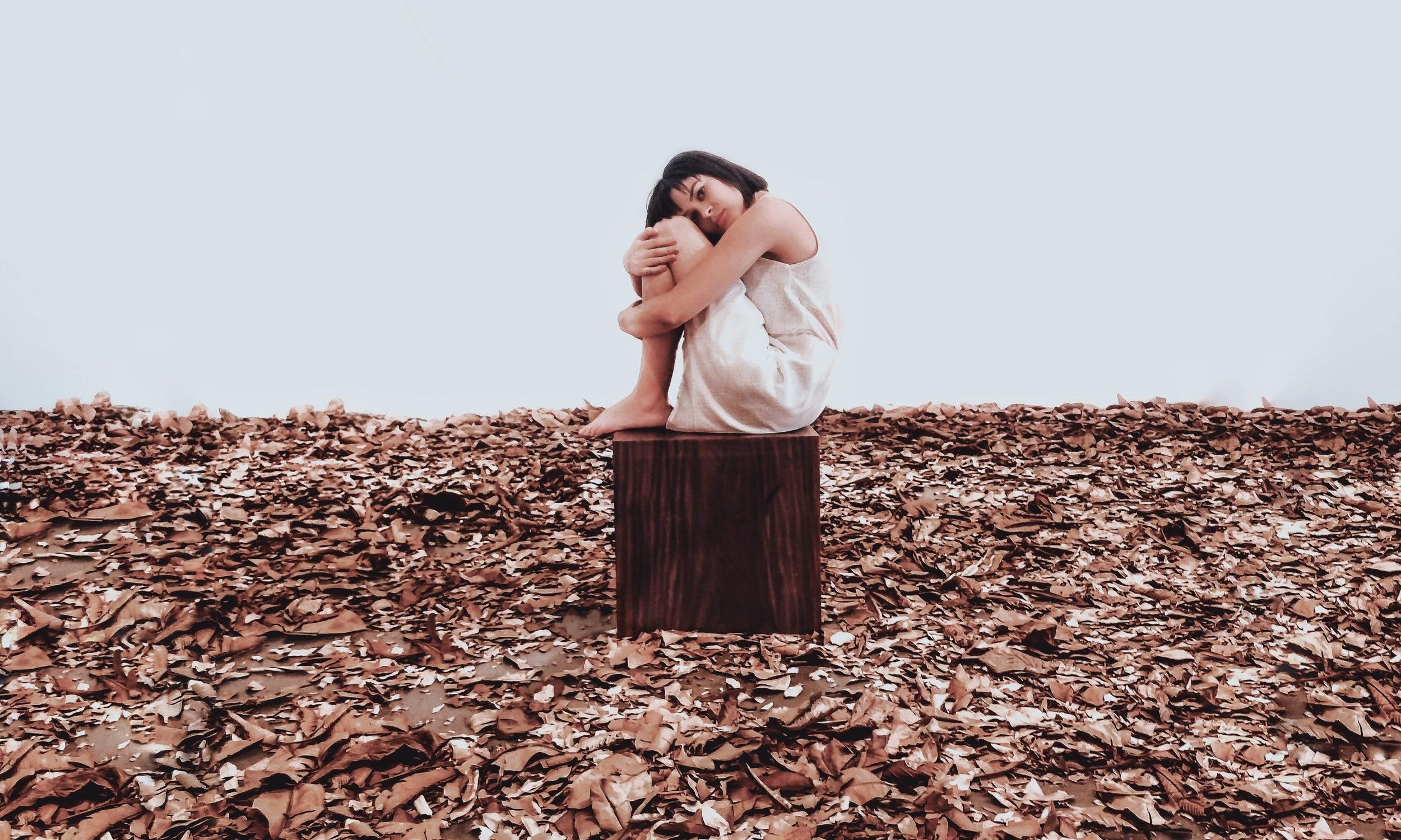alone-depressed-depression-2653411.jpg