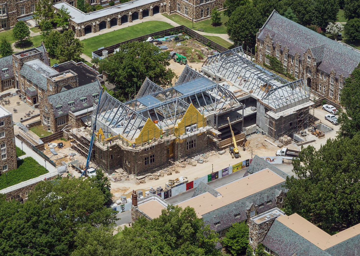Rhodes College: Robertson Hall -
