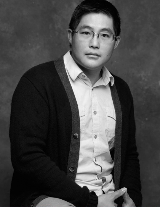 Mike Lew, photo credit Walter Kurtz
