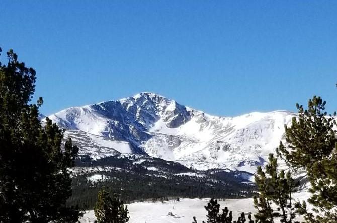 MountainPhotoCrop2.jpg