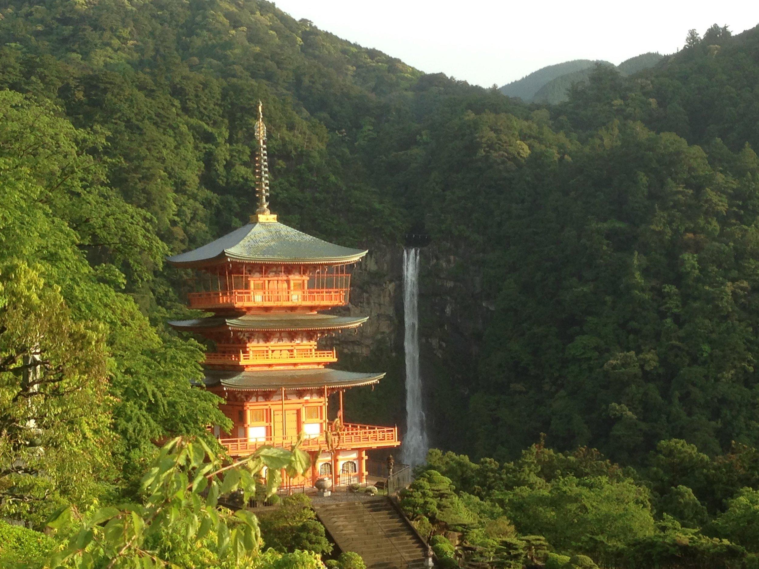 Pagoda with Nachi-no-Otaki, the tallest waterfall in Japan