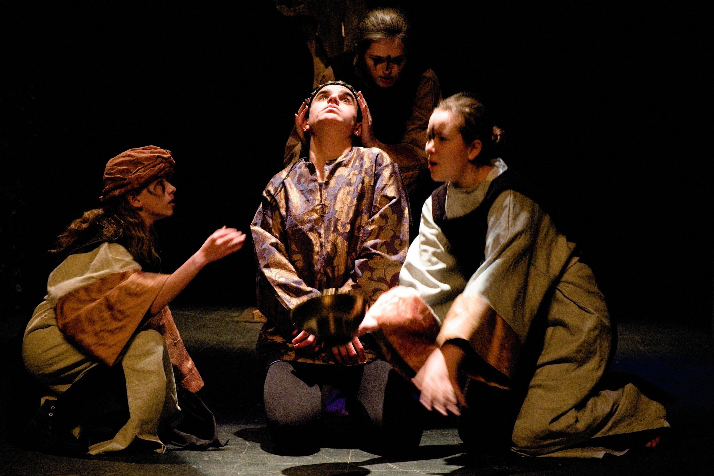 Macbeth Wyrds with Roman.jpg