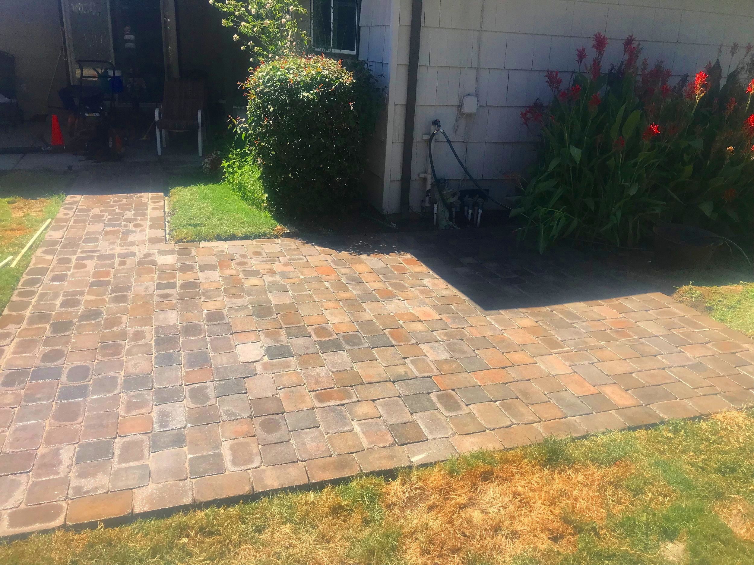 landscaping-pavers2.jpeg