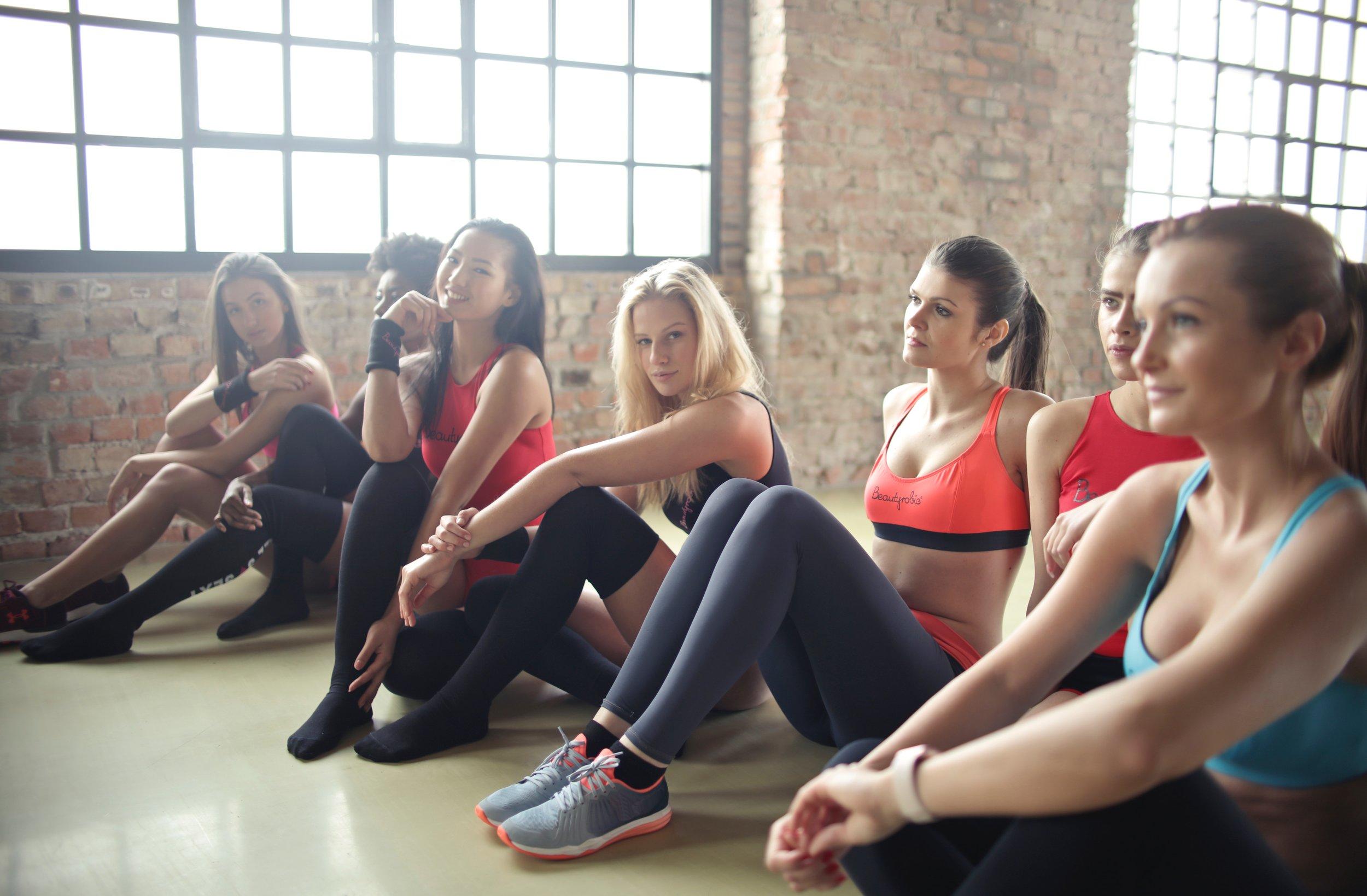 aerobic-break-class-866021.jpg