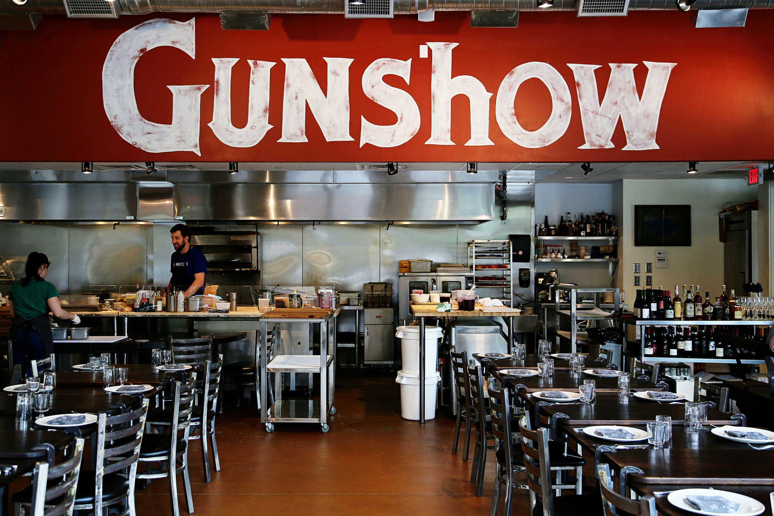 gun-show-026.JPG