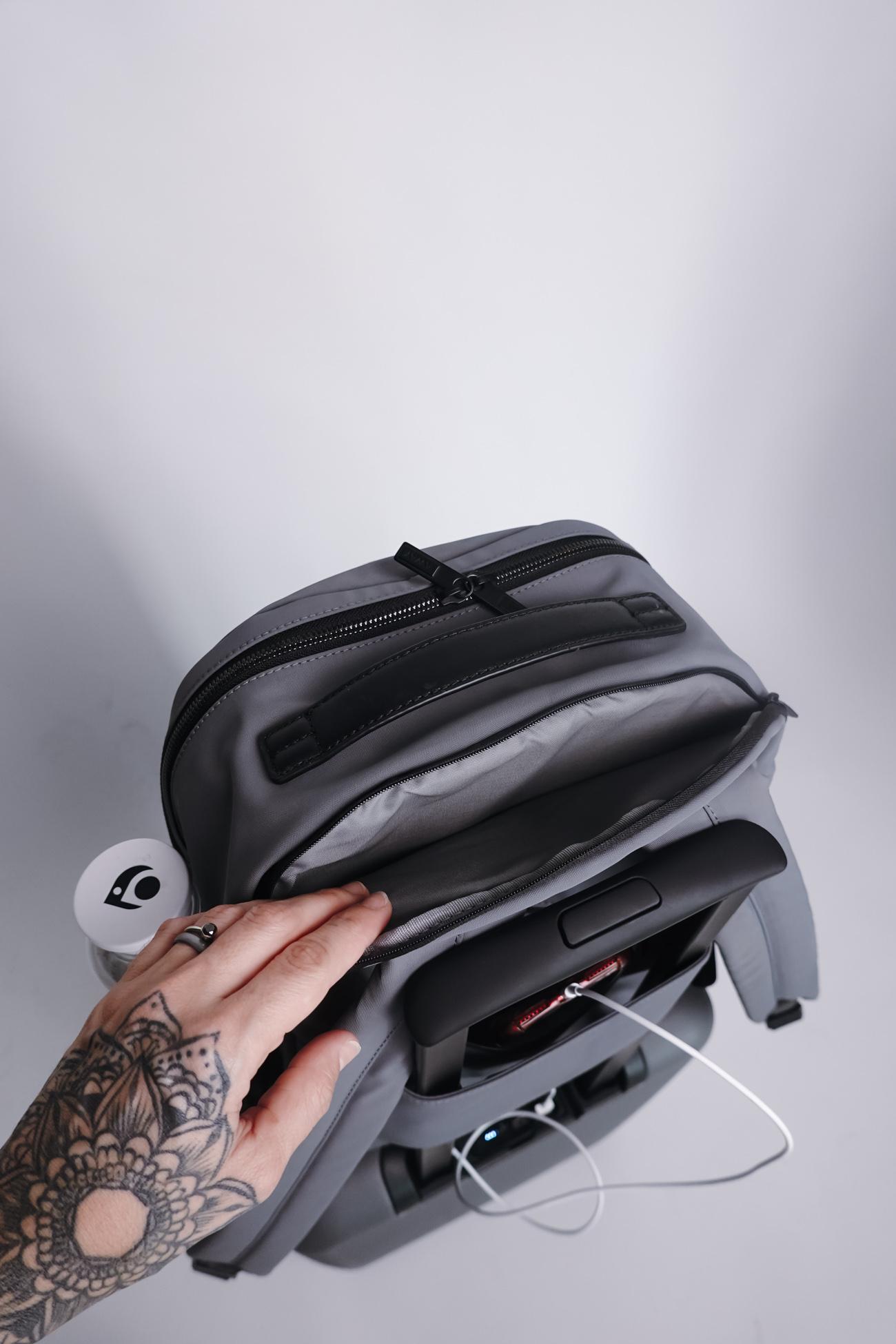 makeup suitcase cristina pilo-11.jpg