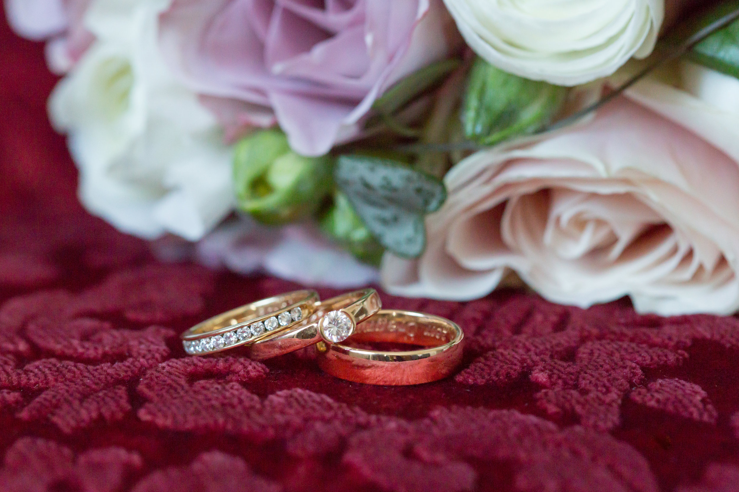 4 Tips to selecting the perfect Engagement Ring