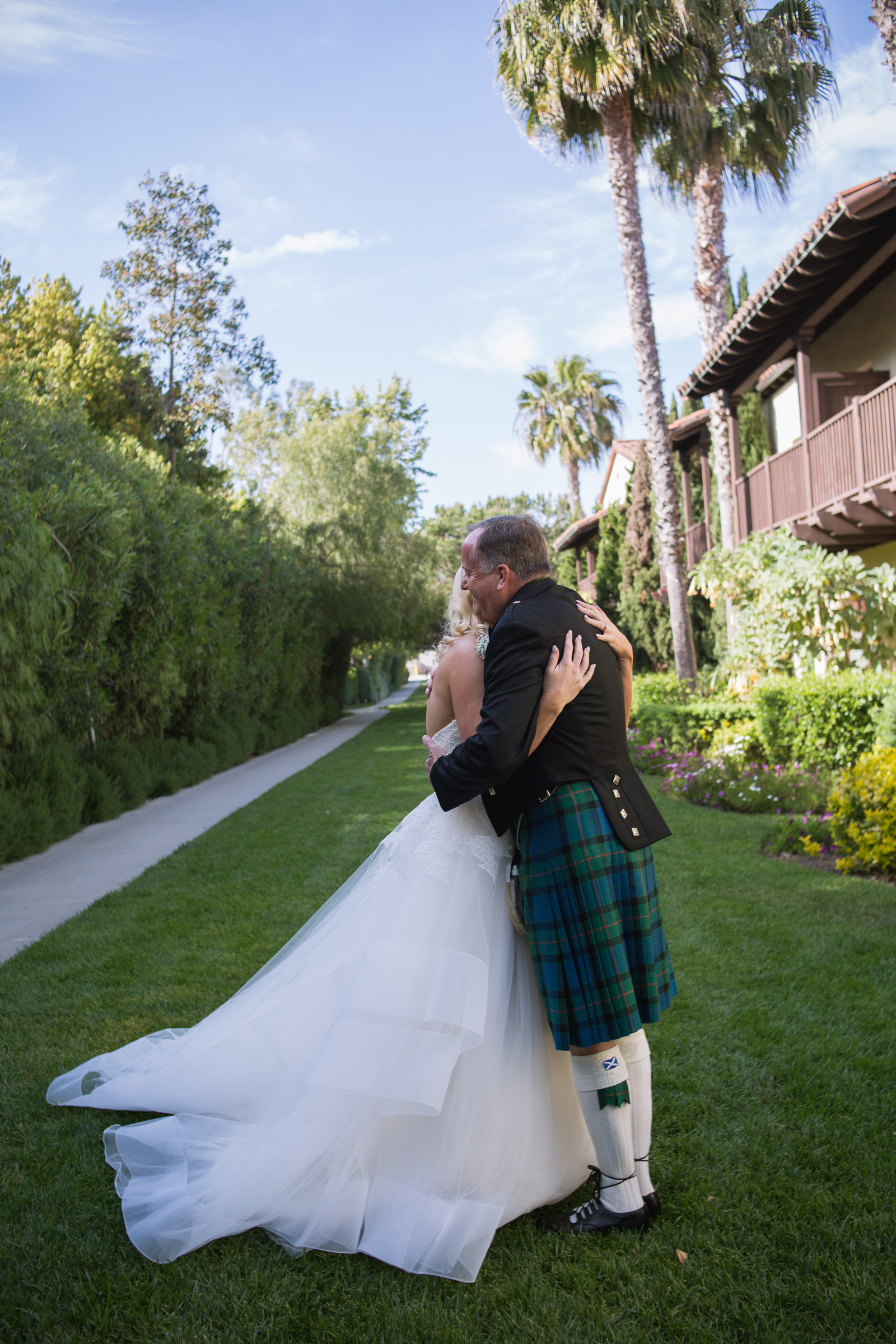 Scotland Wedding Photography with Kilt Wedding Outfit by Destination Wedding Photographers Blessed Weddings