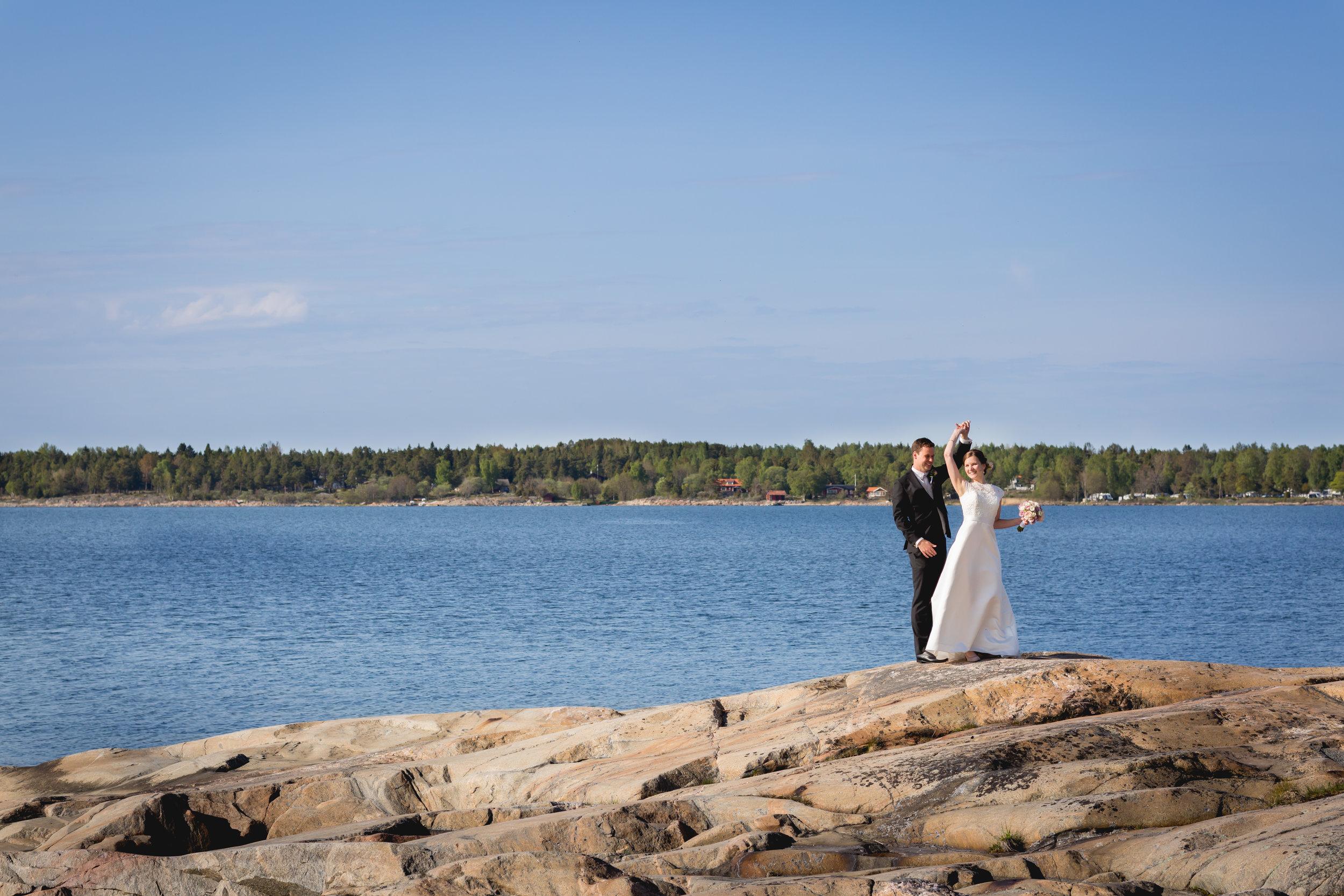 Wedding Photography by the Ocean - European Wedding Photographers
