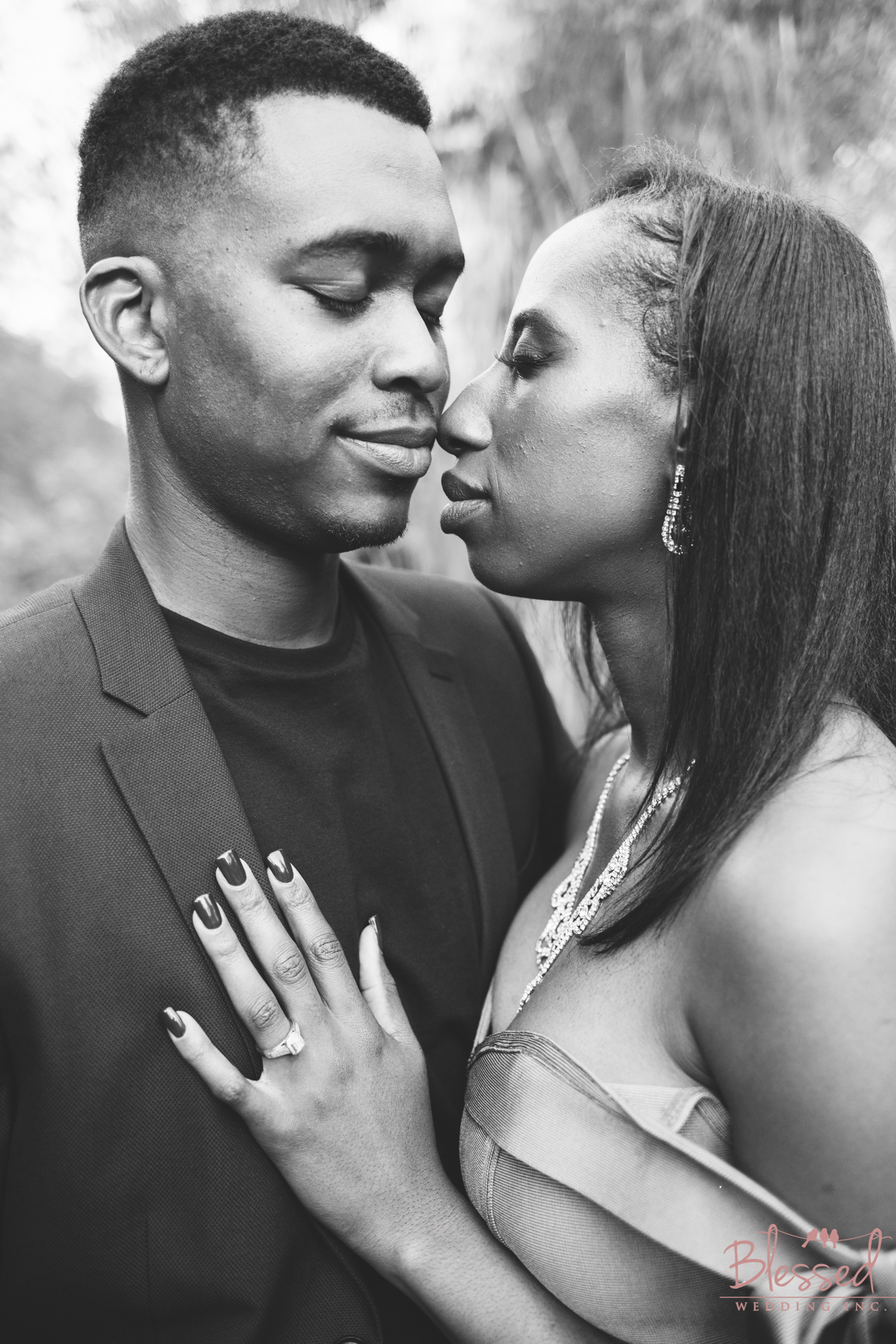 Marian Bear Park Engagement Session by Blessed Wedding Photography  (22 of 25).jpg