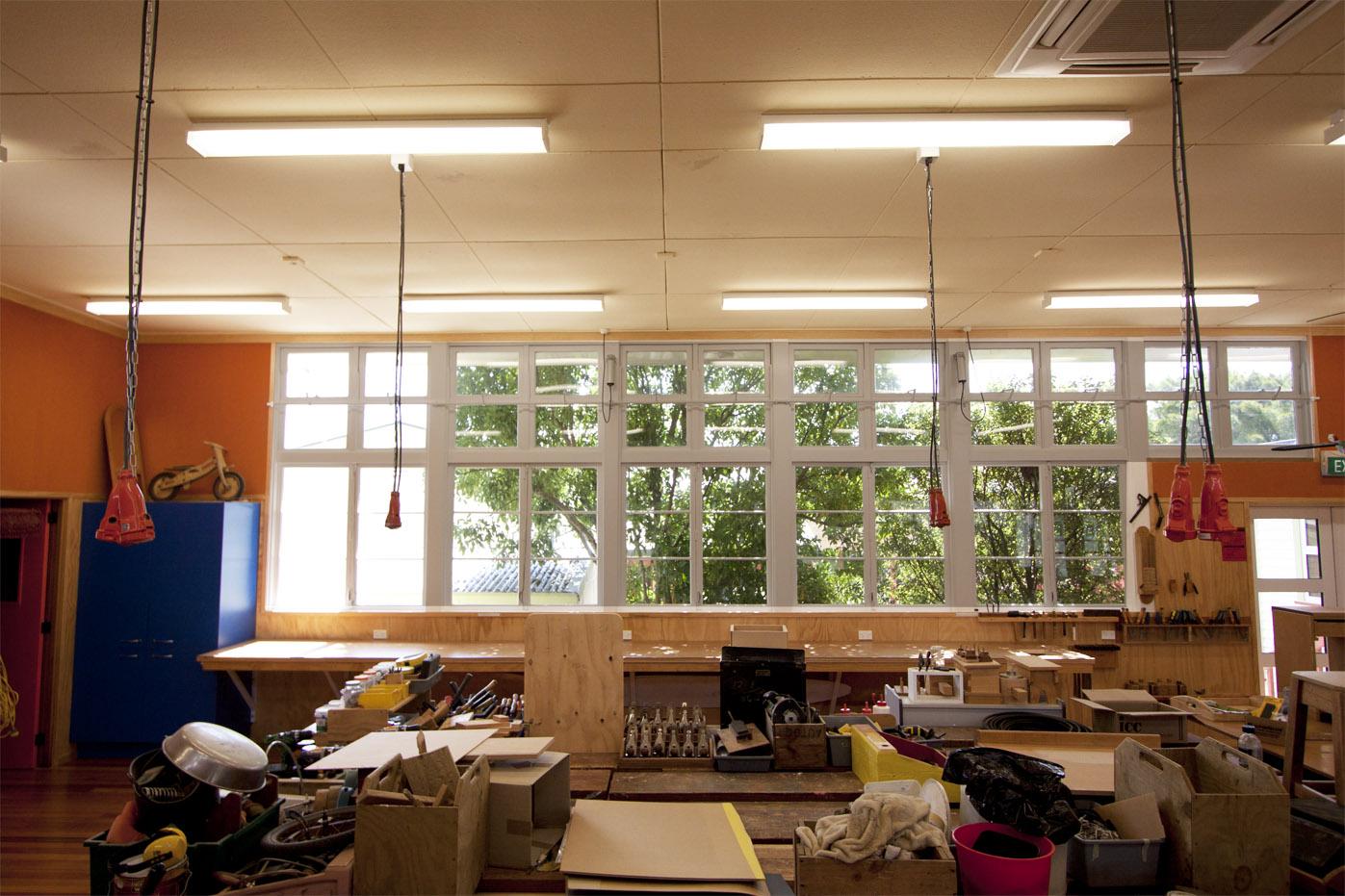 LE_Commercial_School2.jpg