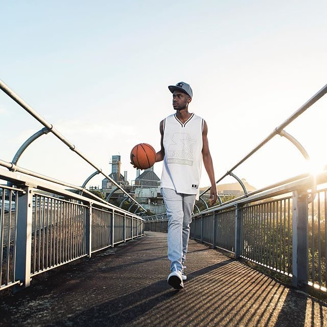Love finding new locations in a city that I've spent the majority of my life living in.. John from @red11models making it look easy with those early morning @rebelsportnz shoots. . @tori_siviter  @hi_hsin  @dani.nz  @ogilvynz . . #sunrise #photoshoot #urban #sportswear #basketball #fashion #morning #baller #exercise #walking #magic #light #canon #photography #auckland #nz @lhpnz #streetwear #streetwearfashion #gears #wears