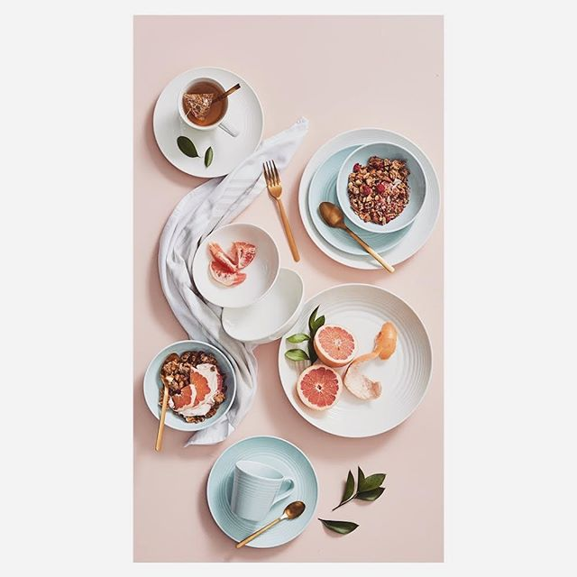 Our stylists make the everyday look stunning and @hi_hsin made this gorgeous spread for @briscoes.nz . . @tori_siviter  @stanley_st_agency . #productphotography #studio #daily #grind #simple #lighting #clean #results #retail #mailer #photography #dinnerware #homeware #product #stilllife #stilllifephotography #christmas #is #coming