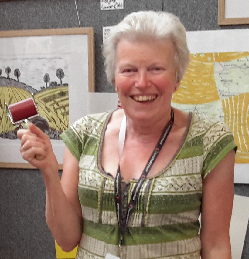 Anna Pye - Anna's lifetime love of nature, textiles and sewing are reflected in the colours, materials and textures she uses in her work. An experienced and encouraging tutor she is happy to share her knowledge with students of all ages and abilities.