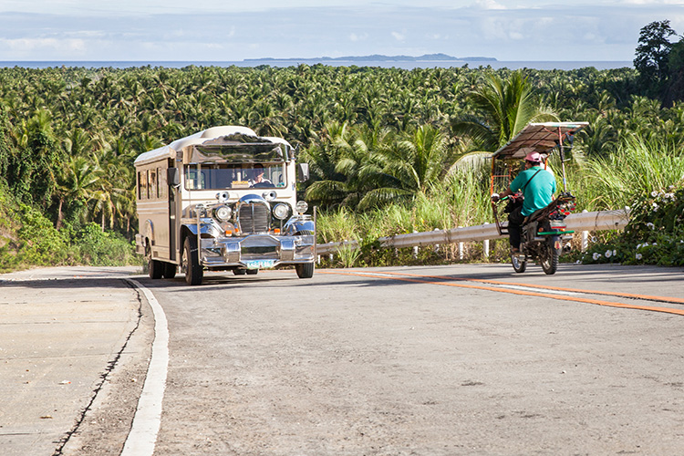 Landscape-of-Siargao-and-our-Jeepney_750X500.jpg