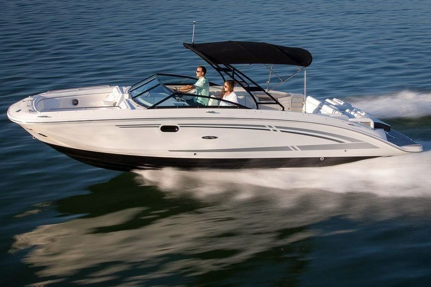 SEA RAY 290 - Capacity: 11 | From €1090