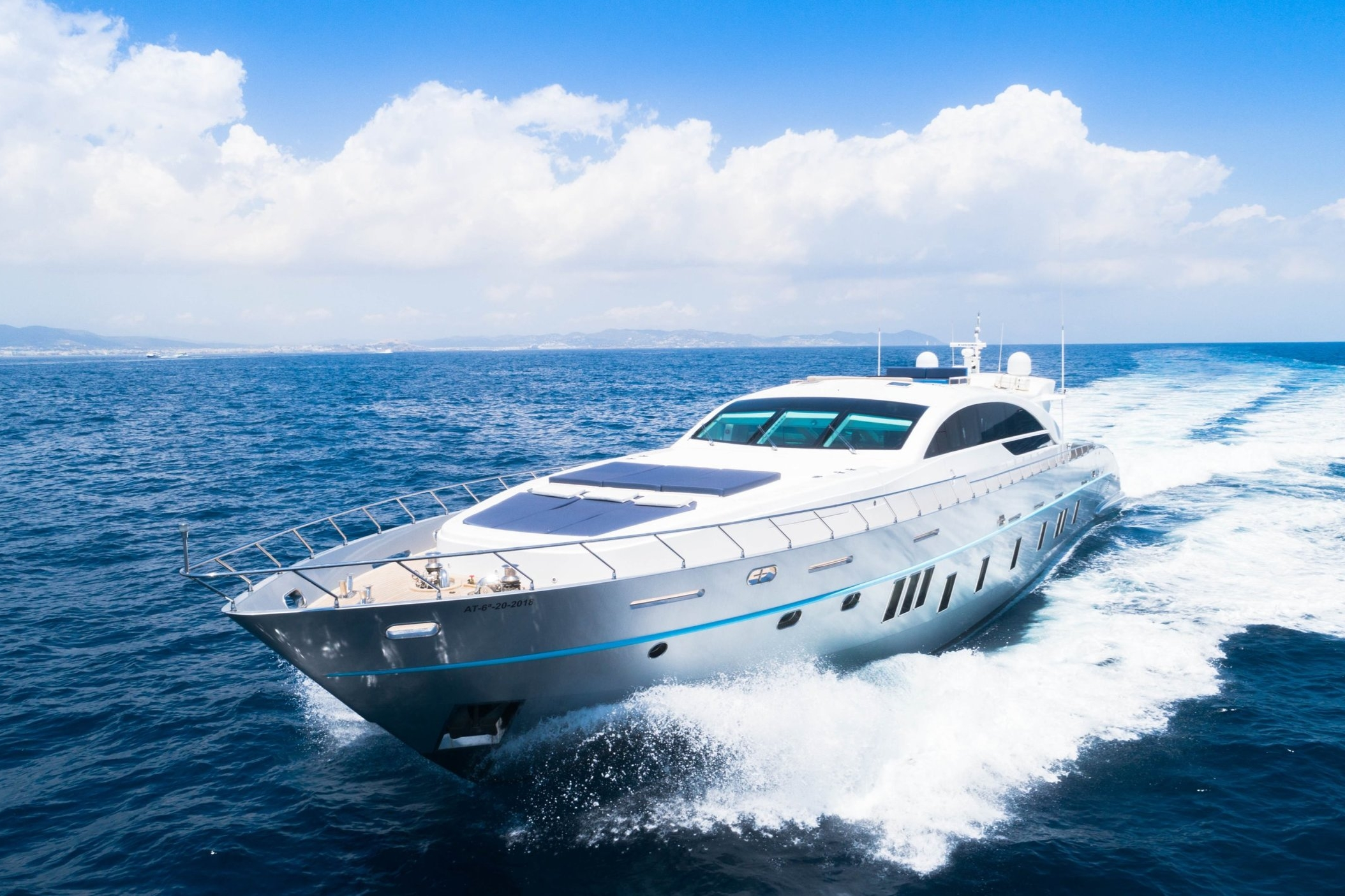 TECNOMAR VELVET 36 - Capacity: 12 | From €13800