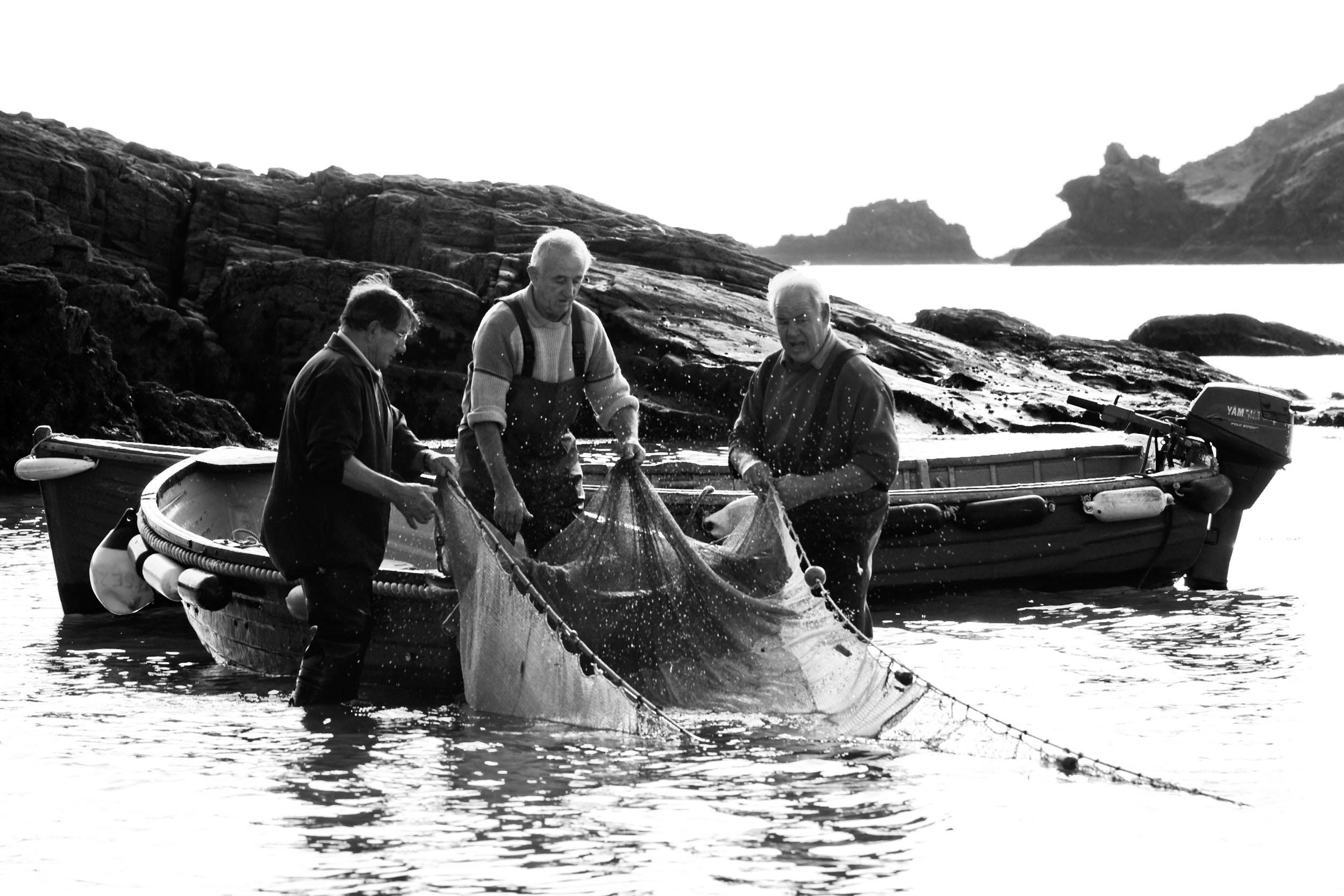 3 Fishermen 12X8 9681.jpg