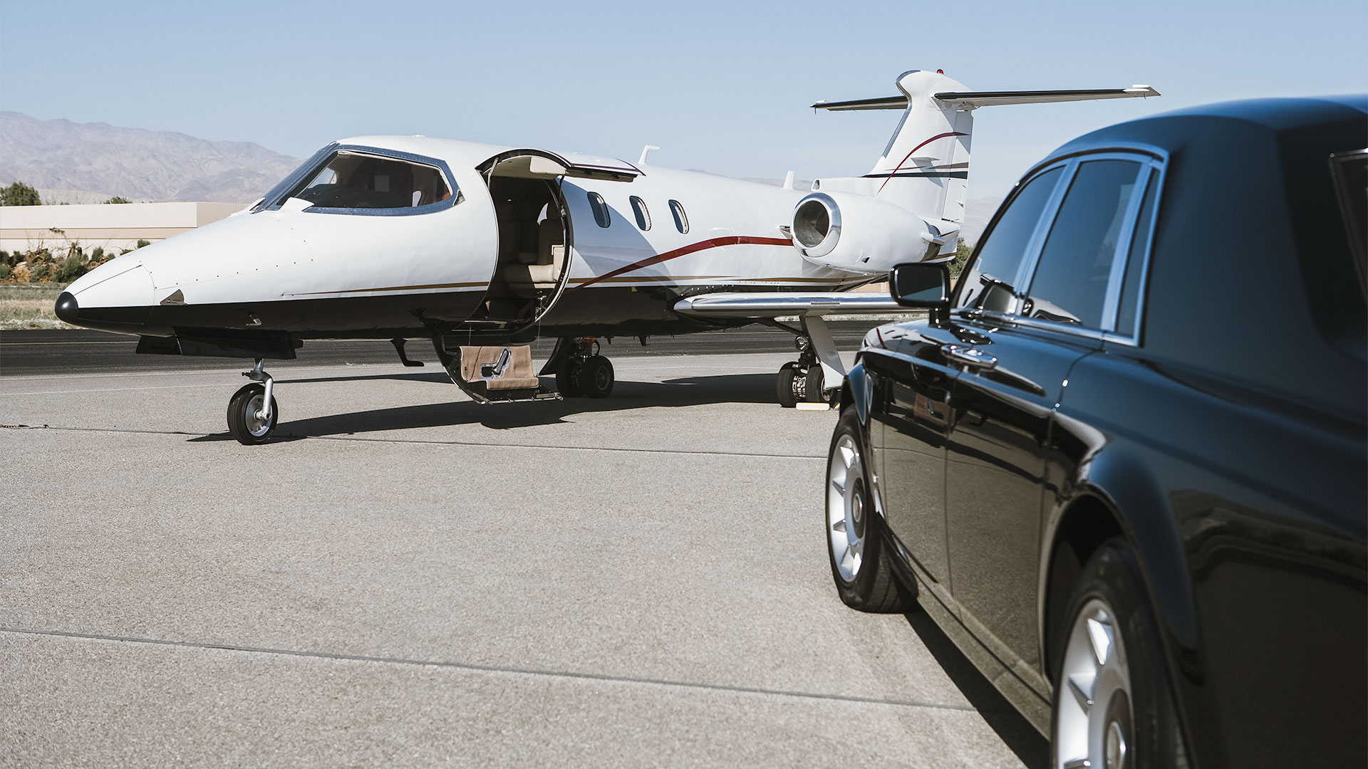 AIRPORT-TRANSFERS-PRIVATE.jpg