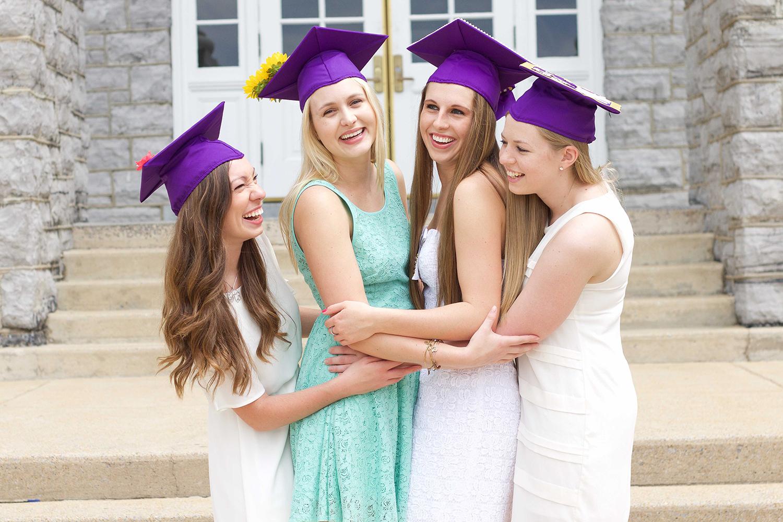 Kappa Alpha Theta Grads.jpg