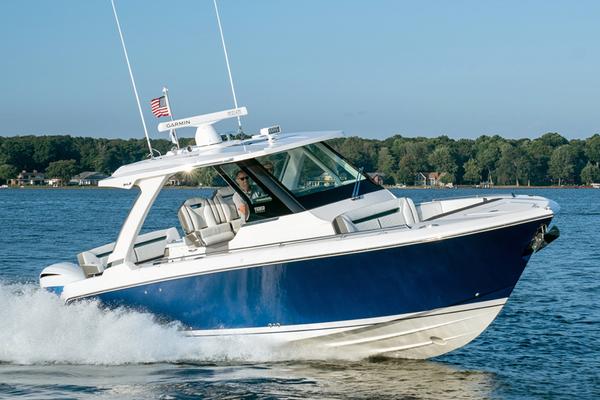 tiara 34LS - seakeeper 3