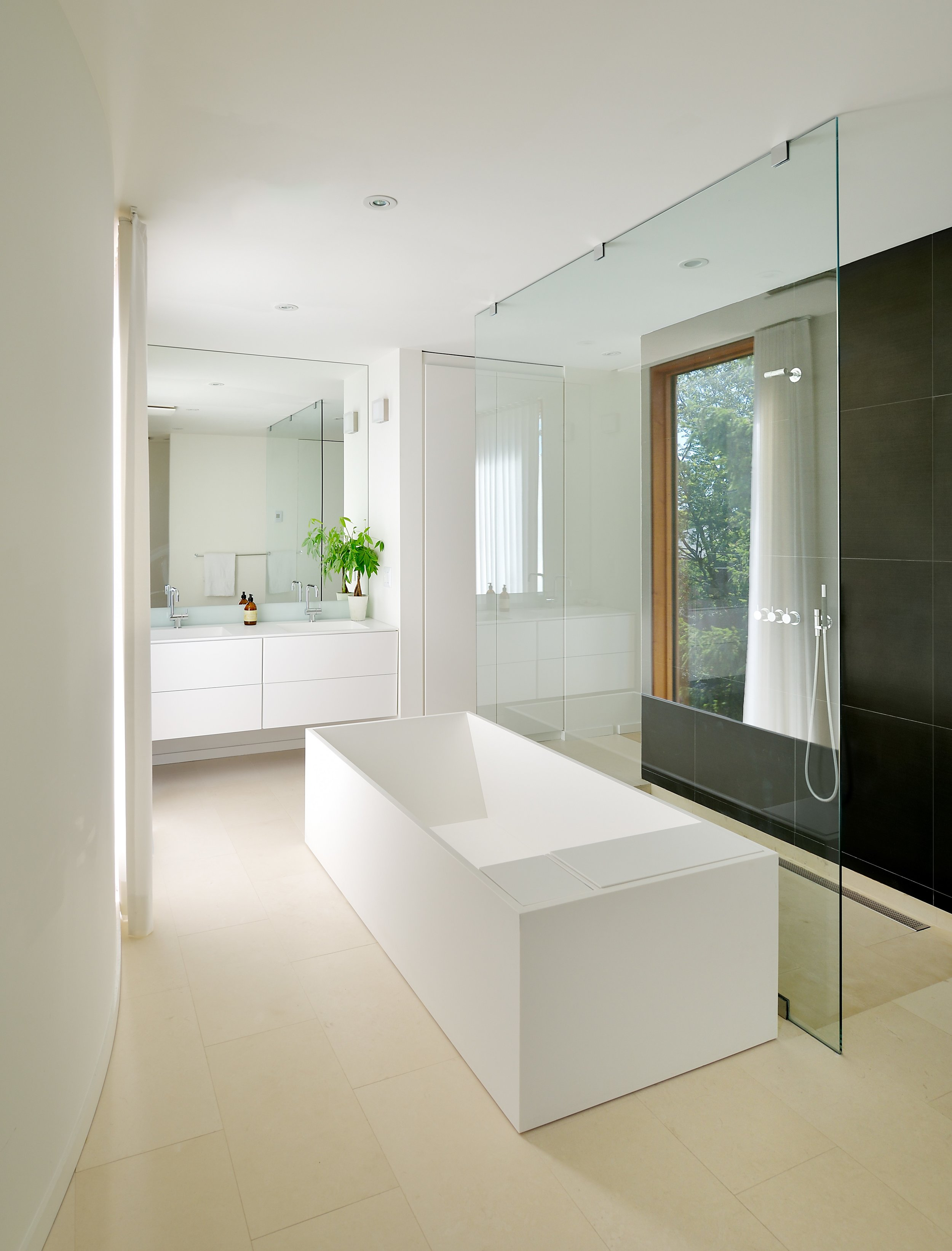 Blantyre House Interior Bathroom
